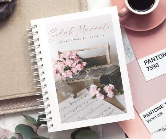 Selah Moments Print Study Guide | The Joyful Life