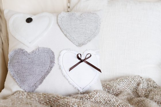 DIY Heart Pillow Valentine's Day